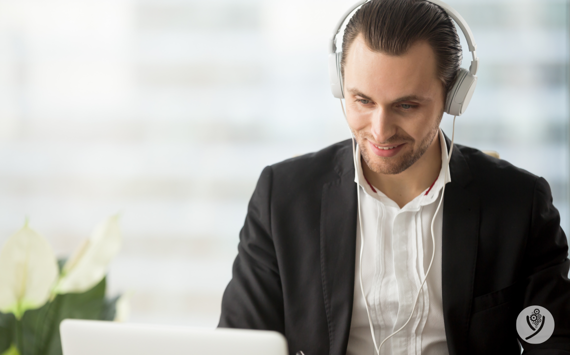 Recrutamento e Seleção : Saiba como se sair bem em  entrevista online.